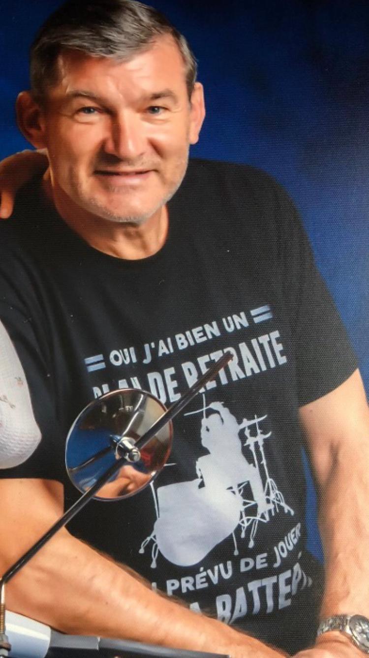 orchestre de musique country Eladio drums